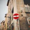 イタリア・フィレンツェ 標識アート ひと言ネタに使えそう