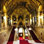 ブダペスト  国会議事堂内部