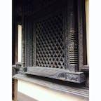 ならまちで元興寺ゆかりネパールの飾り窓