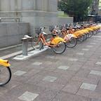 台北の市政府で行ってるYou Bike 会員になると30分は無料で乗れます。 ステーションのどこに返却してもいいそうです。
