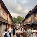 #ひがし茶屋街 #金沢 #石川 2020年9月  この通り思わぬところで現れるから いつも不意突かれる😳😳そっち向きか〜って笑