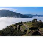 兵庫県 〜竹田城跡〜 9月から雲海シーズンが 始まりましたね! 条件が揃わないと発生しませんが この日はベストコンディションで 360度雲海でした🙌
