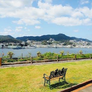 グラバー園から望む長崎の街並み 海と空の青がきれいすぎる!