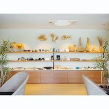 the rescapeのお土産屋さん。 ザ・お土産屋というものは一切なく、その土地で作られた手作りのものが売られているのが素敵😘