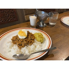福岡 Gara 初福岡1食目はカレーライス🍛 並んだけど美味しかった〜!