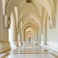 オマーンの首都マスカットにあるAli Musaモスクの回廊