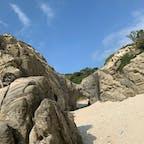 渡嘉敷島のトンネル岩