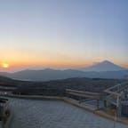 大涌谷からの夕日と富士山