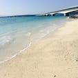 古宇利島 ★★★★☆  沖縄本島北部の今帰仁村にある古宇利島は直径約2Km、周囲が約8Kmの有人の島で、本島屈指のきれいな海が見れる絶景スポット。  コメント 本島から島を結ぶ全長約2キロの古宇利大橋は両面にエメラルドグリーンの海を眺めることができて、最高のスポット   #古宇利島
