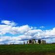 📍Stonehenge, England, UK イギリスのストーンヘンジ。 広い空と大地の中に突如現れる石は驚くほど大きくて、本当に神秘的な場所だった!