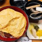 京極かねよ きんし丼 卵のボリュームすごい。 肝吸いの昆布出汁がすごく美味しかった。