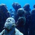 メキシコ カンクン  水中美術館 一体一体、表情が違います。
