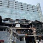 小田原駅直結のミナカ小田原。 12月にオープンしたばかりです。 現代的な建物と江戸の街並みのような建物とが融合していて不思議な空間でした。