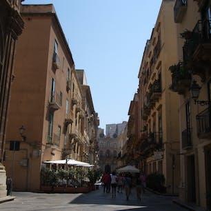 シチリア トラーパニの通り とてもこぎれいです