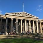 大英博物館  イギリス旅唯一の晴れ!笑 なので、無加工で🤣🤣 全部ゆっくり周りたかったのと、もう一度歴史の勉強したいなって思いました。  #学生時代の記憶を手繰り寄せた #教科書で見たやつ #便器し直します #時間が足りない #大英博物館 #イギリス