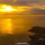 北海道根室市の納沙布岬から見る日の出です。本土最東端にあり、日本一早い朝日に出会える納沙布岬。北海道では初日の出スポットとしても人気があり、元日にはたくさんの人が足を運びます!#北海道 #根室 #納沙布岬