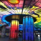 ステンドグラスが美しい駅💎 #台湾 #高尾 #美麗島駅