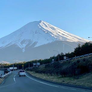 富士吉田道路から見た富士山。 マイコレクションの中でもお気に入りのショット