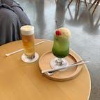 . 中目黒にある ロースタリー東京 わたしが頼んだのは 普通のスタバにはない抹茶ラテクリームソーダみたいなやつ🍹  #東京カフェ #中目黒カフェ