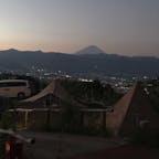 山梨 ほったらかしキャンプ場 夜景と富士山の絶景 歩いてほったらかし温泉に行けます