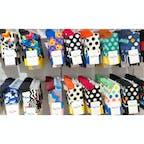 4月23日に舞浜の「イクスピアリ」にオープンした「ハッピーソックス キャンディカフェ」!  ハッピーソックスの靴下が壁にズラリと並んでいます。元気になるようなカラフルな靴たちです。  #千葉