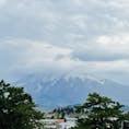 日本百名山の一つ岩木山 いろんな歌にも登場してますね〜 弘前城の天守からもよく見えました。 曇りだったのが残念(◞‸◟) 晴れた日にもう一度行きたいものです