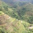フィリピン バナウエ  2,000年以上に渡って継承されてきたことから、1995年に世界文化遺産に登録されました。海抜1,500mの高地に位置していて見晴らしがよく、特にサンライズ・ビューポイントが人気です。あぜ道には花々が咲いていて田んぼとのコントラストが見事です。  #サント船長の写真 #フィリピン #フィリピン世界遺産