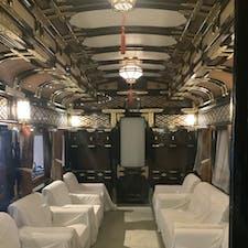 お召列車内部 鉄道の旅って優雅だなぁって思います。 鉄道の旅したい。