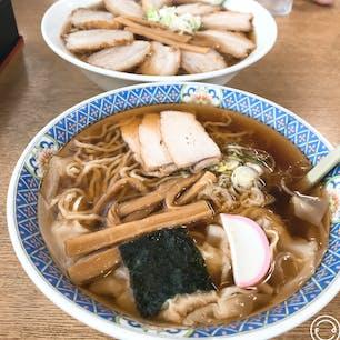 山形 福家そばや ラーメン激戦区でワンタンメンを食べました。 あっさりで美味しかった!