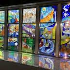 建物内にあるステンドグラス。
