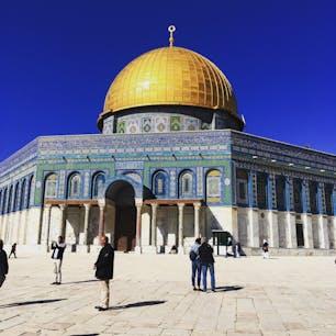 エルサレム、アラブ地区に建つ岩のドーム