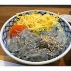 鎌倉 生しらす丼 鎌倉といえばしらす丼! 茹でたしらすも美味しいけど、生のしらすが断然美味しい!