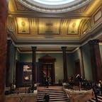 ロンドン ナショナル・ギャラリー 観光客だらけだけどコロナ後はどうなるかな