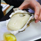 舞鶴のとれとれセンターで食べた牡蠣、、、おっきい!!