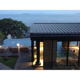 VIALA annex熱海伊豆山 食事も海と一体の温泉も最高でした。 やっぱり海隣接の宿は眺めがいいです!