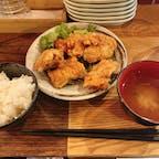 京都清水五条駅unknown kyotoに隣接されているレストラン。 唐揚げ定食