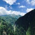 黒部ダムの上から放水じゃなくて山を見たら迫力満点だった