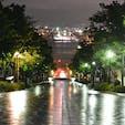 八幡坂  北海道 函館  観光マップにもよくあるけれど、夜の雨が降った後。 濡れた路面に反射する街灯の灯りが素敵。