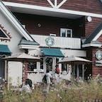 🌏北海道虻田郡倶知安町 📍グラウビュンデン  ニセコで有名なお店らしいですな! テイクアウトしちゃったけど、外の席羊蹄山見ながら食事できて素敵そうだったなあ🗻