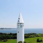神奈川県の三浦半島先端にある城ヶ島。シンボル的な灯台が美しい!朝早く散策すると野生動物と会えますよ🎶