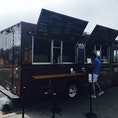 Philz Coffee Truck @Marina Blvd  サンフランシスコ半島の北の海岸線はジョギングとサイクリングの人気スポット☀️  そこでひと息つくにはPhilz☕️ おススメはMint MohitoのMild Sweetです🎶  隣接する芝生に腰をおろし、海を眺めるのは最高のリフレッシュとなります✨