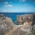 北大東島の上陸公園。 切り立った岩の海岸線でできた北大東島で、大東ブルーの海に足を入れられる数少ない海とのタッチポイント。