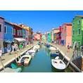 #ヴェネチア 観光の鉄板コースのひとつ、 #ブラーノ島 と言えば、なこの景色。カラフルな世界にいるだけで、元気が出てくるから不思議:)
