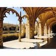 リスボン、ジェロニモス修道院。世界遺産です。 とても綺麗な彫刻!