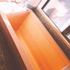 群馬旅行の際の旅館にて お部屋に貸切露天風呂と室内用のヒノキのお風呂がありました ヒノキのいい香り!#群馬旅行#群馬県#温泉旅行#はせを亭#梨木温泉#贅沢な時間