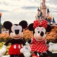 2018.10.5 ディズニーランドParis 12年モノのミッキーとミニーと眠れる森の美女の城。 東京との違いに驚かされつつも楽しめました。インディージョーンズとファントム・ミラーは残念ながら長期休養中…。