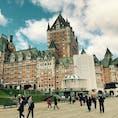 ケベックシティの名物的な建物。中はホテルでした〜