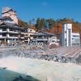 草津温泉湯畑♨️ おっきりこみも温泉饅頭も美味しくてよきよき🍴今の時期はもうコートなしだと寒いけど、紅葉がとっても綺麗でした🍁