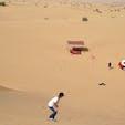 デザートサファリのオプションでサンドスキーなるものも体験。砂漠の横滑りもおススメです。