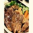 三重県 おかげ横丁 寶来亭 初松阪牛のステーキ丼。 3000円したけどめちゃくちゃ美味しかった。。。🤤